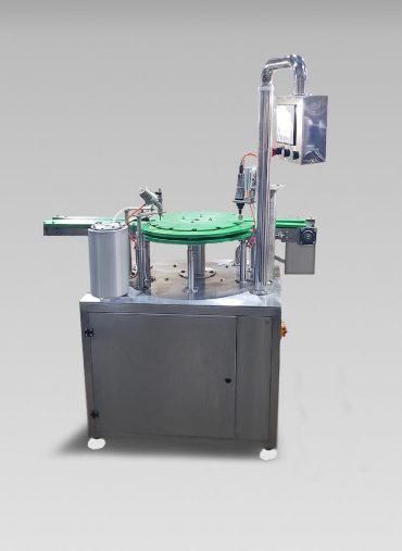 ماكينة دائرية لتعبئة و قفل غطاء الزجاجات